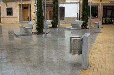 Floor standing trash can / stainless steel / concrete / for public areas SLAB by Federico Correa Escofet