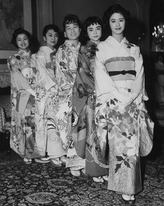 How cool? A class of Japanese debutantes in 1958. | 14 Delightful Photos Of Vintage Debutante Style