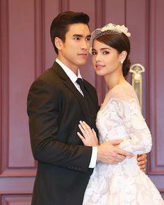 Princess Style, Sweet Couple, Celebs, Celebrities, The Crown, Wedding Photoshoot, Gossip Girl, Queen Elizabeth, Cute Couples