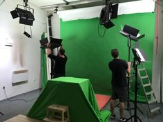 spaneco-production-making-commercial-parental-control-promo-app-company-video-kickstarter-videoproduction-iphone-backstage-photo (16)