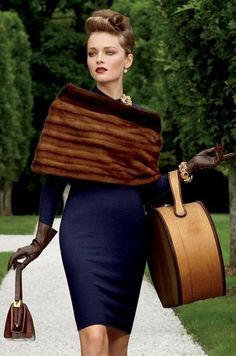 looks vintage, but this is current fashion NOT vintage (it's all in the styling) -- Viki Rutsch for Mary Howard Studio set design & art direction FAUX FUR Moda Vintage, Dior Vintage, Vintage Mode, Vintage Fur, Vintage Glamour, Looks Vintage, Vintage Style, Retro Style, 1950s Style