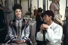 Lynne Frederick and Anthony Andrews in The Pallisers.
