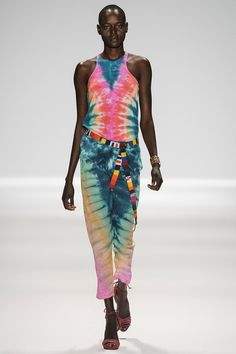 Tie dye symmetry Mara Hoffman Spring 2014 Ready-to-Wear Collection Slideshow on Style.com