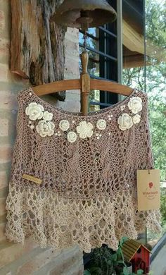Crochet Coat, Crochet Shawl, Crochet Clothes, Boho Crochet Patterns, Capes & Ponchos, Poncho Shawl, Loom Weaving, Knit Fashion, Beautiful Crochet