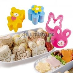 Bento small sandwich cutter with top to make imprint in the bread.