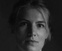 PD Dr. Kerstin Pasda ist Archäozoologin (Dr. rer. nat., Dr. phil. habil.), promovierte im Jahr 2004 an der Eberhard-Karls-Universität Tübingen und habilitierte 2010 an der Friedrich-Alexander-Universität Erlangen-Nürnberg. Seit 2009 ist sie als wisse...