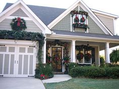 COULD totally add this charter to a plain garage door. Christmas 2007 Front yard decor - Home Exterior Designs - Decorating Ideas - HGTV Rate My Space Christmas House Lights, Christmas Porch, Outdoor Christmas Decorations, Christmas Ideas, Merry Christmas, Christmas Garlands, Christmas Feeling, Christmas Houses, Christmas Clipart