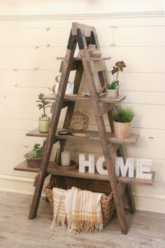 DIY Sawhorse Bookcase and How-To Video #rustichomedecor