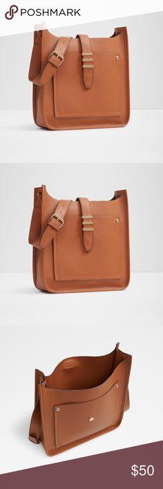 🔥1 LEFT🔥Aldo Aciri Crossbody 100% Polyurethane Imported polyester lining Magnetic closure Custom lock Aldo Bags Crossbody Bags