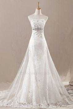 Net stroppeløs katedralen tog a-linje brudekjole med krystall - Focus Vogue