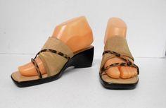 Italian Shoemakers Sandals Shoes Ladies Size 7 Brown Wedge Slip On Heel 8321 Brown Wedges, Shoes Sandals, Heels, Clogs, Slip On, Lady, Fashion, Heel, Clog Sandals