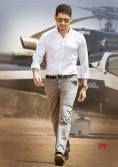 Looking for the Telugu Actor Mahesh Babu Wallpaper? So, Here is Collection of South Actor Mahesh Babu Wallpapers and Images in hd Mahesh Babu Wallpapers, Telugu Hero, Allu Arjun Wallpapers, Allu Arjun Images, Prabhas Pics, Hd Photos, Indian Men Fashion, Mens Fashion, Fashion Fall