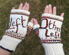 Ravelry: No, Your Other Left pattern by Kirsten McTeer Weaving Patterns, Knitting Patterns, Crochet Patterns, Knitting Designs, Knit Mittens, Knitted Gloves, Fingerless Gloves, Left Handed Crochet, Fair Isle Knitting