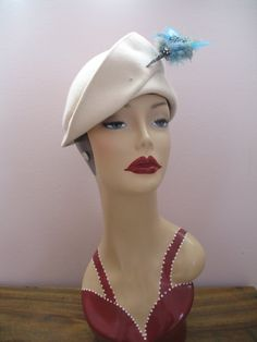 1940's Topper Cloche Hat White FeltBellini by SusieQsVintageShop, #millinery #beret #judithm