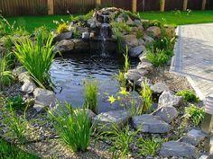 Tall waterfall idea for garden design