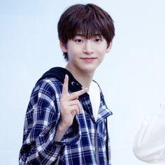 Twitter Icon, Produce 101, Korean Idols, Kpop, Memes, Boys, Alice, Random, Fashion