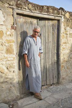 Cloudy Grey mens linen tunic. Hood optional. Minimal by YUMEworld