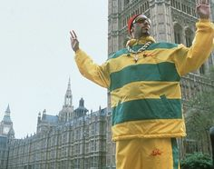 Pictures & Photos of Ali G - IMDB Ali G is a satirical fictional character created and performed by English comedian Sacha Baron Cohen.