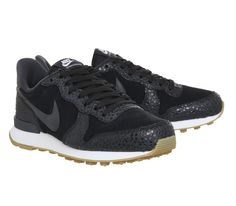 low priced c5224 0bd61 Nike Nike Internationalist Black Anthracite Safari Pack - Fashion Trainers