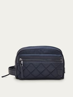 Fall Winter 2017 Men´s CONTRASTING LEATHER TOILETRY BAG WITH QUILTED DETAIL at Massimo Dutti for 74.5. Effortless elegance!