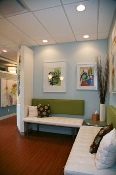 Fresh and friendly Chiropractic office waiting room.