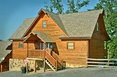 Arizona East  Affordable Cabin Next To Dollywood In Hidden Springs Resort.  Cabin With Indoor
