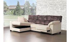 Sofá dos plazas con asientos deslizantes, mas chaise longue izquierda con arcón. Chaise longue tapizada en tela antimanchas.