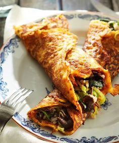 Porkkanaohukaiset ja sienitäyte   Maku Vegetable Recipes, Vegetarian Recipes, Healthy Recipes, Eat Lunch, Everyday Food, I Love Food, Soul Food, Food Inspiration, Food Porn