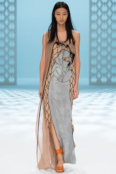 Chalayan Spring 2015 Ready-to-Wear Inspiration: the cross-cultural glories of the Alhambra in Andalusia.