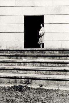 山本悍右 Kansuke Yamamoto, mid.1930's. ©Toshio Yamamoto