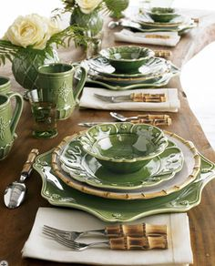 green & white dishes, bamboo flatware accents, looks like spring!