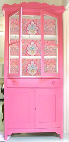 Looking to get blown away by Circu's selection of pink interior design inspirations? The best and most fun ideas for you and your baby to have a bliss playing together! Discover more inspirations at www.circu.net Pink Furniture, Furniture Projects, Furniture Makeover, Vintage Furniture, Furniture Decor, Painted Furniture, Diy Projects, Western Furniture, Bedroom Furniture