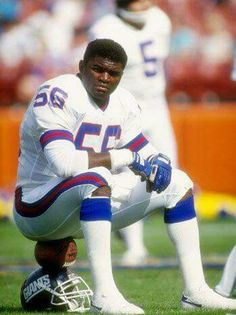 "Lawrence ""L."" Taylor played his entire professional career with the New York Giants franchise as a linebacker, earning a widely held reputation as one of the greatest players in the history of the sport But Football, New York Giants Football, Football Hall Of Fame, Football Players, Football Memes, School Football, Lawrence Taylor, Sports Stars, Sports Pics"