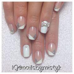 Cnd shellac nail art. 3d bow. Chevron French manicure