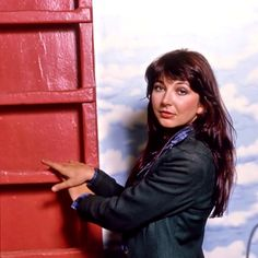 Kate Bush Uk Singles Chart, Always And Forever, Record Producer, His Eyes, Music Artists, Dancer, Songs, Lady, Type 3