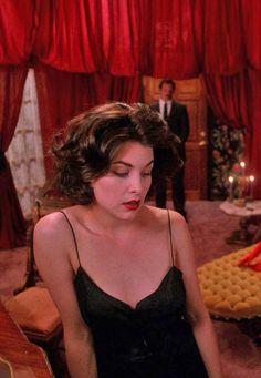 Sherilyn Fenn / Audrey Horne / Twin Peaks.