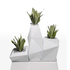 Shop for Vondom Ramon Esteve Faz Planters Self Watering at Panik Design. A licensed Vondom retailer, the UK's largest independent stockist of design. Black Planters, Outdoor Planters, Planter Pots, Cement Planters, Concrete Pots, Garden Planters, Self Watering, Plantation, Minimalist Design
