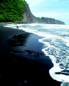 The silky Pololu black sand beach on the northern Kohala District coast of #Hawaii Island. www.HawaiiTravelSite.com