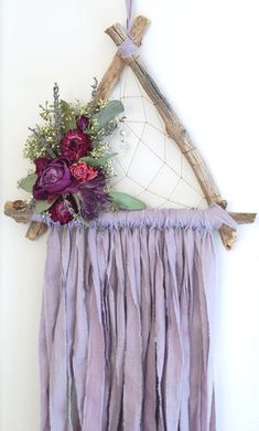 dream catcher Lilac Purple Triangle Dream Catcher with Dried Flowers Purple Dream Catcher, Doily Dream Catchers, Dream Catcher Craft, Large Dream Catcher, Dream Catcher Boho, Feather Dream Catcher, Crafts To Sell, Diy And Crafts, Handmade Home
