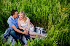 Grassy field engagement  photography | Saratoga NY