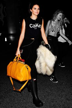 Kendall Jenner Glastonbury CaKe T-Shirt Outfit