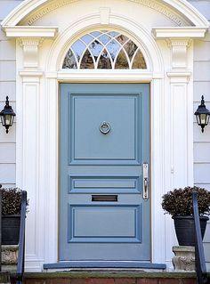 36 Door Knockers + 10 Front Door Paint Colours