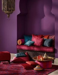 Looking for purple bedroom ideas? It's good, but a purple bedroom will be better when combined with other colors: white, blue and so on, as described here. Moroccan Home Decor, Moroccan Interiors, Moroccan Design, Moroccan Style, Moroccan Colors, Moroccan Room, Deco Ethnic Chic, Design Marocain, Trendy Bedroom