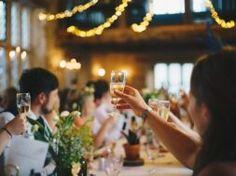 Diy Wedding Reception Food, Small Wedding Receptions, Wedding Venues, Reception Ideas, Potluck Wedding, Wedding Rsvp, Wedding Table, Piaggio Ape, Wedding Photo Books
