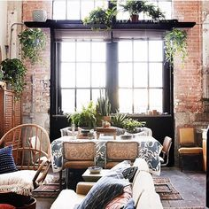 @paige_morse has some serious decorating skills and is this week's #currentdesignsituation. Your loft is to die for Paige. The black framed window surrounded by the imperfectly perfect, exposed brick wall is an element only history designs. Loving how you warmed up this open loft with gorgeous textiles and plants. Thank you for sharing your eclectic space with us and keep tagging @bohobylauren, @ball_and_claw_vintage, @colby_tice, @meneses75 and me!