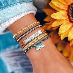 Pura Vida Bracelets®: Founded in Costa Rica - Handmade Bracelets Purvida Bracelets, Summer Bracelets, Summer Jewelry, Handmade Bracelets, Bracelet Charms, Diamond Bracelets, Colorful Bracelets, Handmade Jewelry, Cute Jewelry