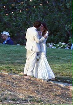 Ian Somerhalder and Nikki Reed got married in Santa Monica, California Ian Somerhalder Nikki Reed, Ian And Nikki, Star Wars, Celebs, Celebrities, Santa Monica, Got Married, Relationship Goals, Garden Sculpture