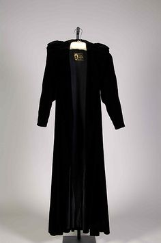 Evening coat Design House: House of Lanvin  Designer: Jeanne Lanvin  Date: winter 1932–33 Culture: French Medium: Silk Accession Number: 2009.300.6767