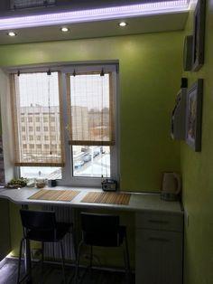 Рассказ Михаила из Минска:— Ремонт закончили в апреле 2014 года. Метраж квартиры маленький, соответствующей площади и кухня — 6,2 м2. Это размер по техпаспорту, с учетом небольшого коридора. Реальный...