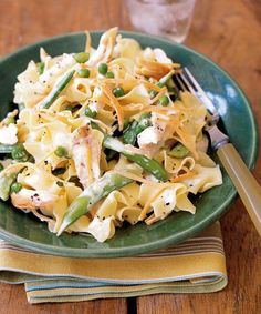 Chicken with Lemony Egg Noodles and Peas is simple, healthy and mouthwateringly delicious. Use a store-bought rotisserie chicken and frozen veggies to get this on the table, fast. | Delish